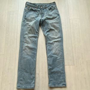 Men's Levi 514 Jeans Size 30X32 Light